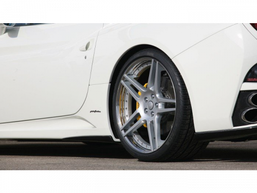 NOVITEC Ferrari California side panel skirts | Torrent Motorworks