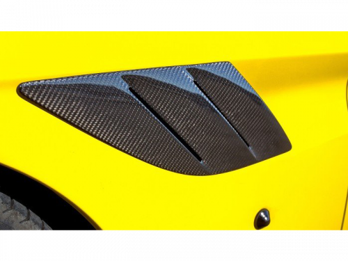 NOVITEC Ferrari California T carbon fiber fender vents | Torrent Motorworks