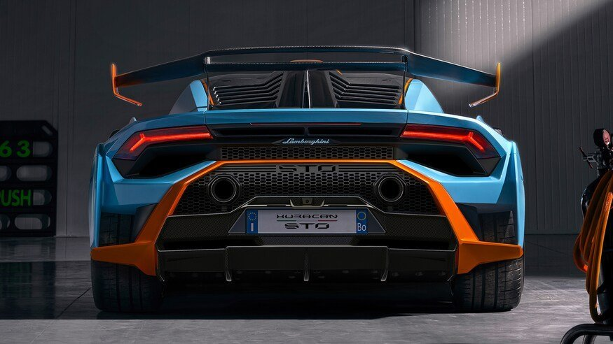 Tail | Huracan STO performance in New York | Torrent Motorworks